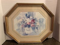 "Octagon Shaped Floral Picture 19""x16"" 48 km"