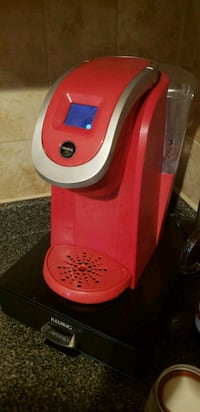 red and gray Keurig coffeemaker Annandale, 22003