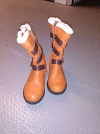 Girl Toddler buckle tan boots Size 7