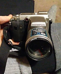 30 to 40 year old video camera Olympus Brampton, L6S 2M5