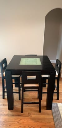 Dining table Houston, 77007