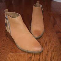NEW Sam Edelman tan ankle booties - size 6.5  Ajax, L1T 3X5