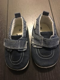 Shoes size 2 like new Mississauga, L5B 4M6