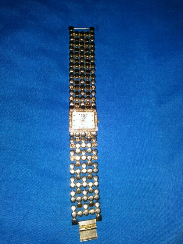 ec7a5f61a Used Cache watch with Swaworvski Crystals for sale in Las Vegas - letgo