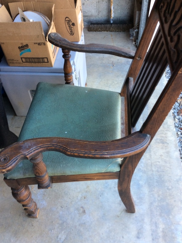 Fabulous Old Wooden Oak Dining Chairs Evergreenethics Interior Chair Design Evergreenethicsorg