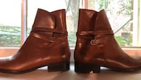 pair of brown leather boots Chevy Chase Village, 20815