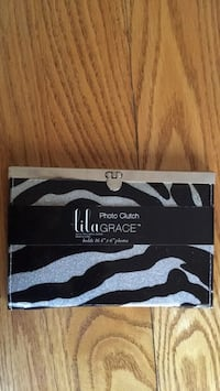 "New zebra 4x6"" photo clutch"