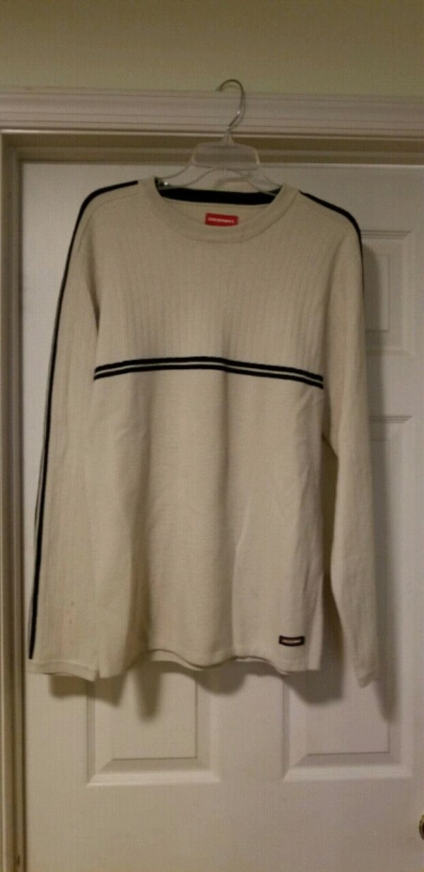 Men's Medium Sweater