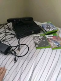 Xbox 360 with games 1 controller. 1816 mi
