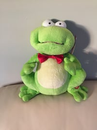 Christmas soft ornament/ gift with music - Frog Charlotte, 28210