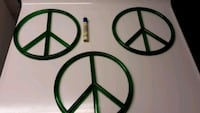 Plastic peace signs brand new  08012, 08012