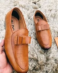 pair of brown leather loafers New Delhi, 110033