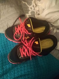 tennis shoes fils  Sterling Heights, 48311