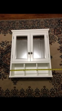 white wooden framed glass display cabinet 142 mi