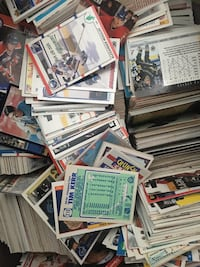 MASSIVE NHL MLB NBA MAPLE LEAFS HOCKEY CARD COLLECTION