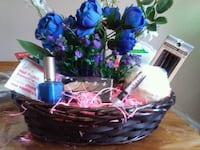 Different flower and bath bombs beauty products Innisfil, L9S 1T6