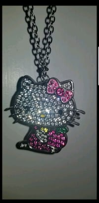 Hello kitty pendant with chain
