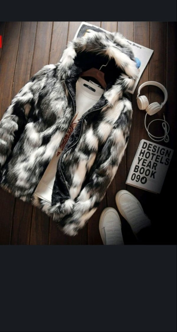 Brand new faux fur jacket zip up 3
