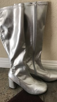 Go Go Boots shimmery silver Moreno Valley, 92551