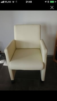 White leather chair with wheels 6499 km