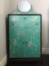 Refinished dresser and antique mirror Richmond Hill, L4C