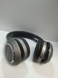 Blackweb Headphones - 98484 CALGARY