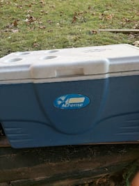 blue and white Xtreme ice chest Johnstown, 15904