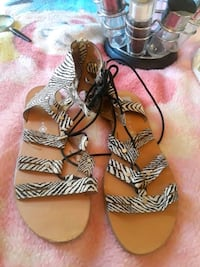 Women's sandals size 10 $5 Stockton, 95206