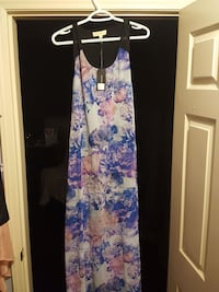 women's white and multicolored floral sleeveless dress