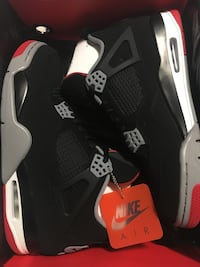 DS Bred 4 (Size 10.5) Waterloo, N2J 4H2