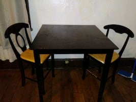 Pub Table and Chairs/will separate