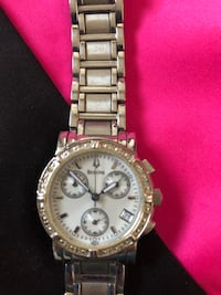 round silver-colored chronograph watch with link bracelet Land O Lakes, 34639