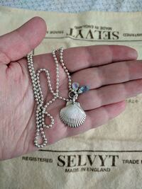 Silver shell pendant with chain
