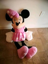 Minnie Mouse plush toy with pink dress Plano, 75024