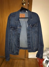 Men levis denim jacket  Toronto, M3N 2L6