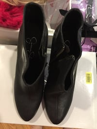 New Jessica Simpson booties size7.5