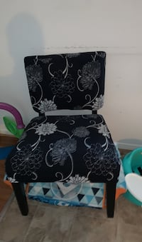 Black floral chairs Newport News, 23601