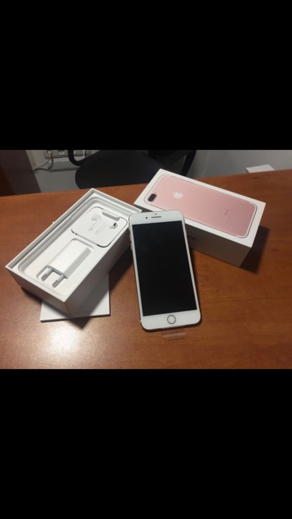 Se vende iPhone 7plus libre en perfecto estado,color rosa palo