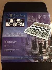 The king drinking chess set