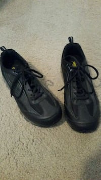 pair of black Nike basketball shoes New Albany, 43054