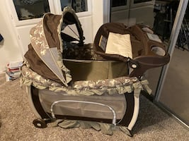 Graco - Pack and Play Suite Playard Birkshire in new condition