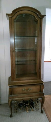 R Way Walnut Curio Cabinet Davie, 33314