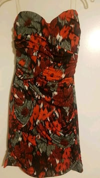 Short stylish new condition dress Toronto, M2R 3L7