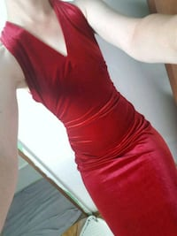 women's red long-sleeved dress Winnipeg, R3R 2M9