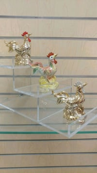 Ceramic Rooster Figurine (new) $10 = 1