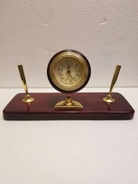 Vintage Cherry/Rose Wood Desk Clock With Double Pen Holder Omaha, 68132