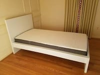 Twin Bedframe - like new  Falls Church, 22311