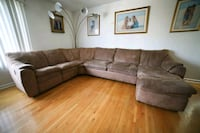 Large Reclining Sectional Sofa with Chaise Linden, 07036