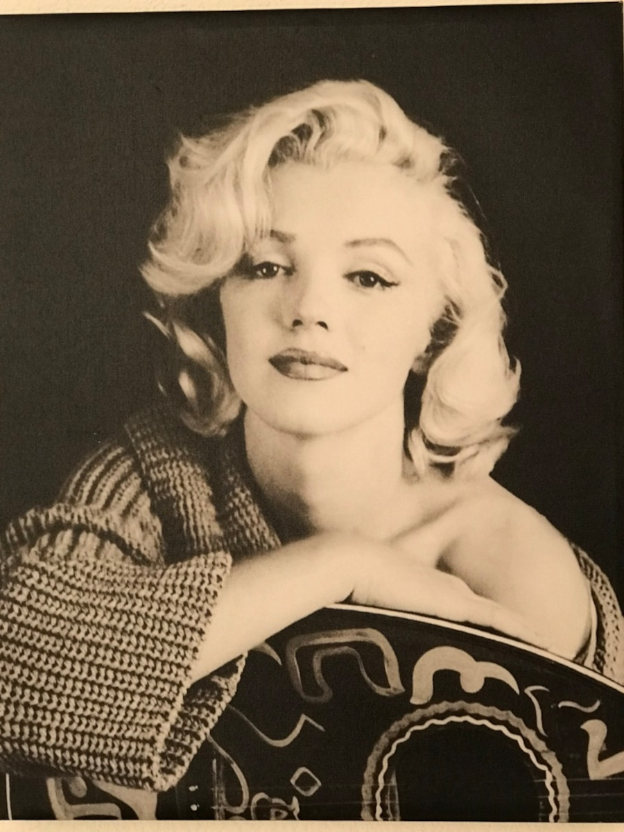 Used 15x19 Inch Marilyn Monroe Black and White Canvas in Las Vegas