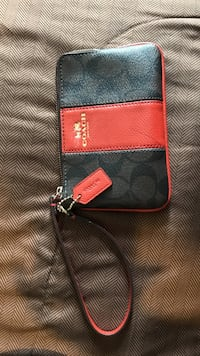 Black and red leather Coach monogram wristlet LaGrange, 30241